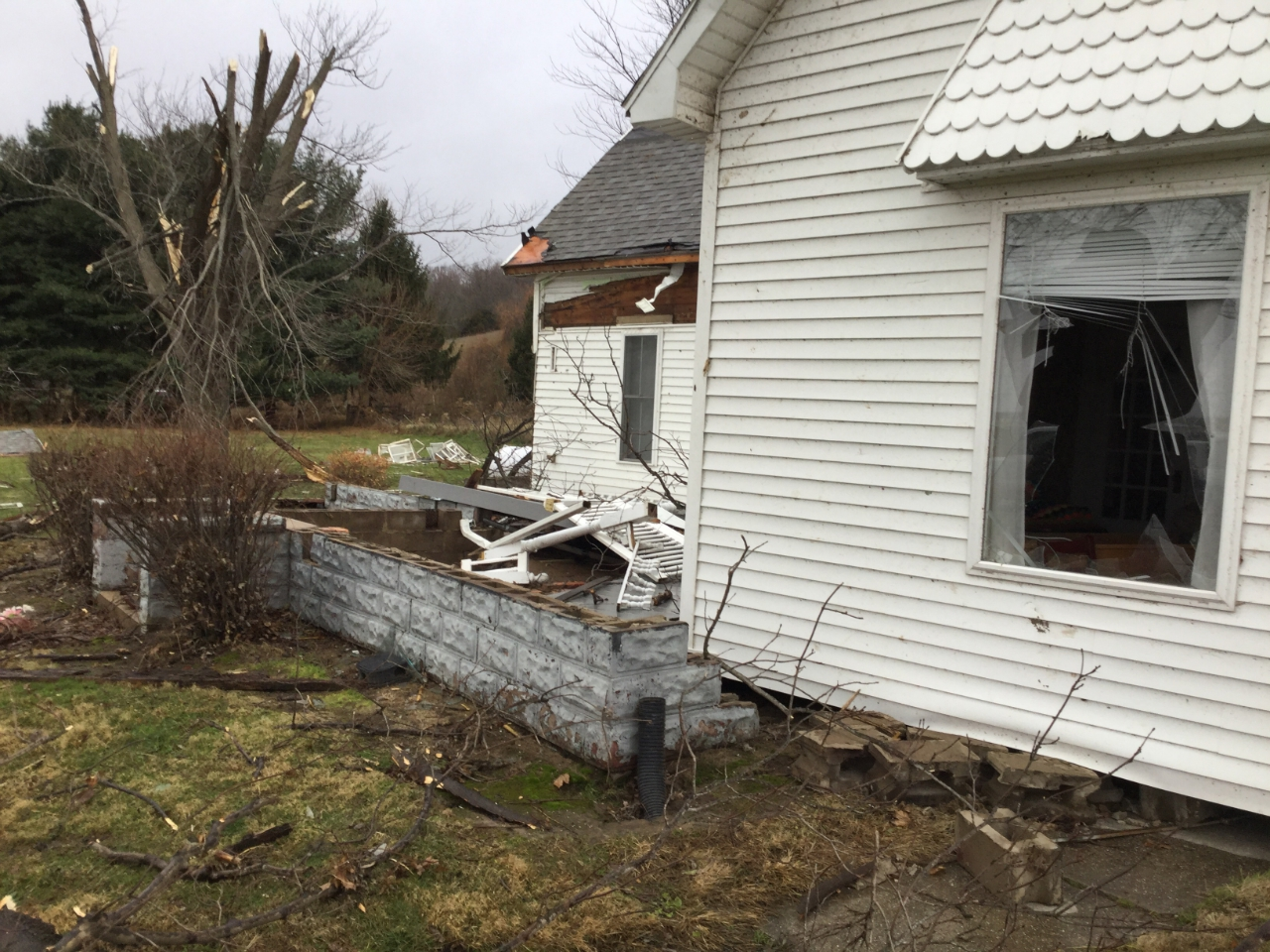 Damage near Schuyler/Fulton Co. line. NWS survey photo